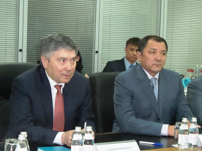 Узакбай Карабалин и Нурлан Ногаев на Карчаганаке