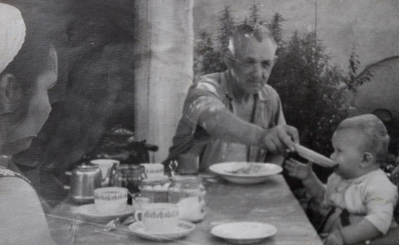 К.Ф. Гребнев с внуком Костей