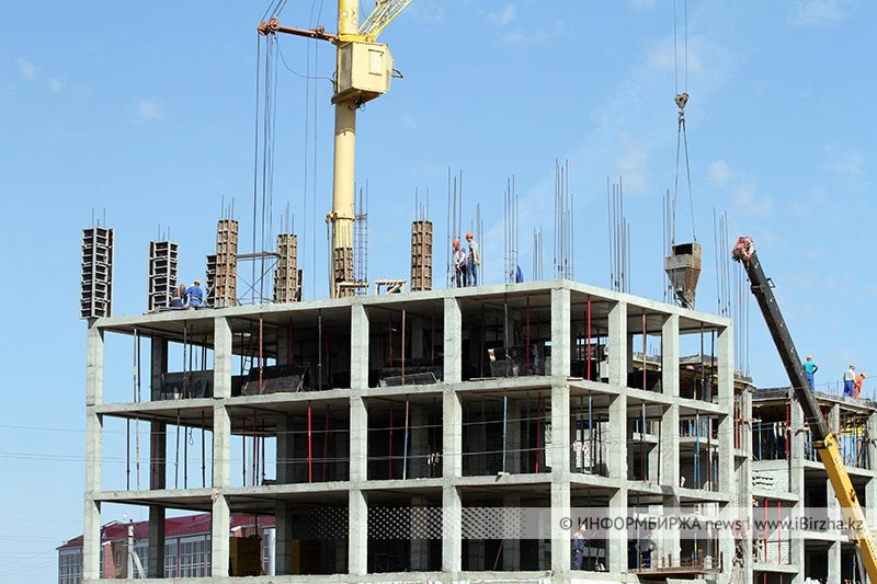Строительство новых высоток в Уральске