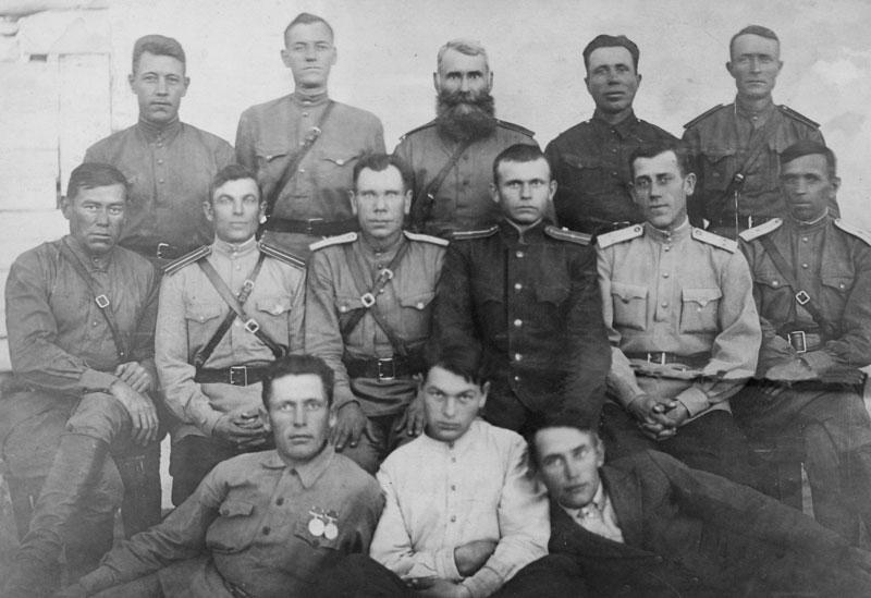 Победители. Осень 1945 года. Поселок Перемётный