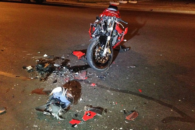 Фото как разбиваются на мотоциклах