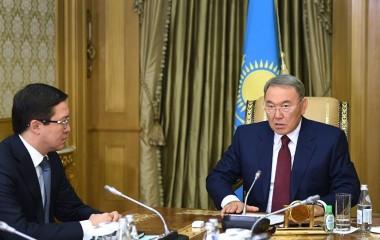 Назарбаев и Акишев