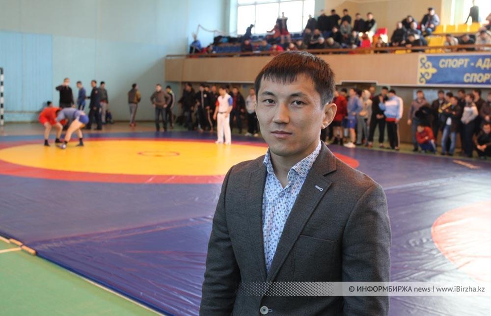Жители России Бабгоев, Магомедалиев иТалдиев завоевали золото начемпионате мира посамбо