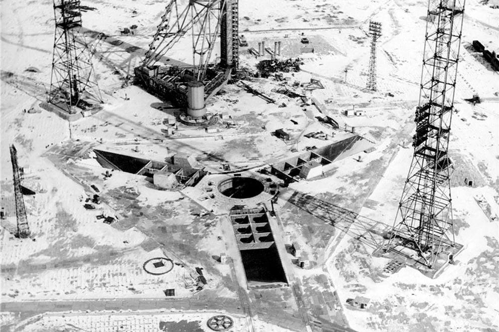 Панорама строительства стартового комплекса (площадка 110) Байконура, 1970-1980 гг.