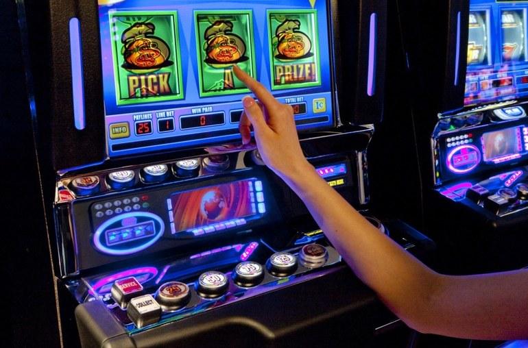 Игровые автоматы лицензия беларусь играть в бесплатные игры автоматы слоты