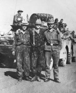 Р. Чикибаев, крайний справа
