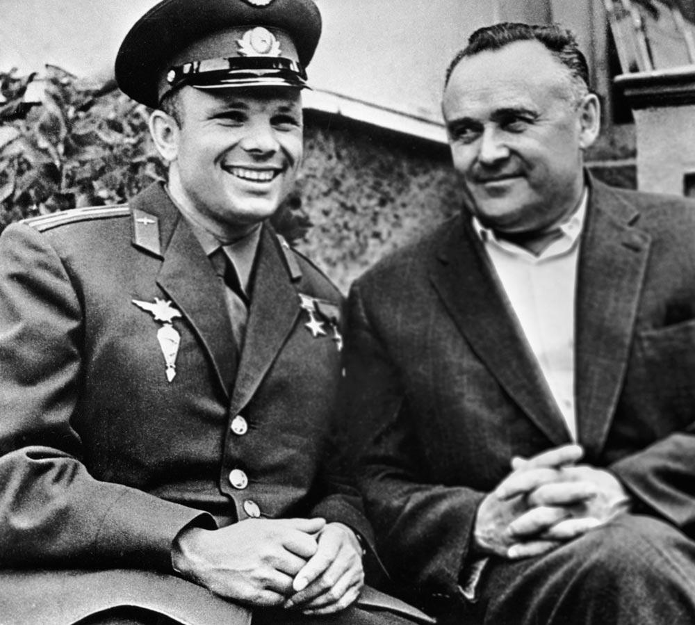 С.П. Королев с Ю. Гагариным