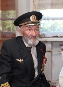 А. Стариченков