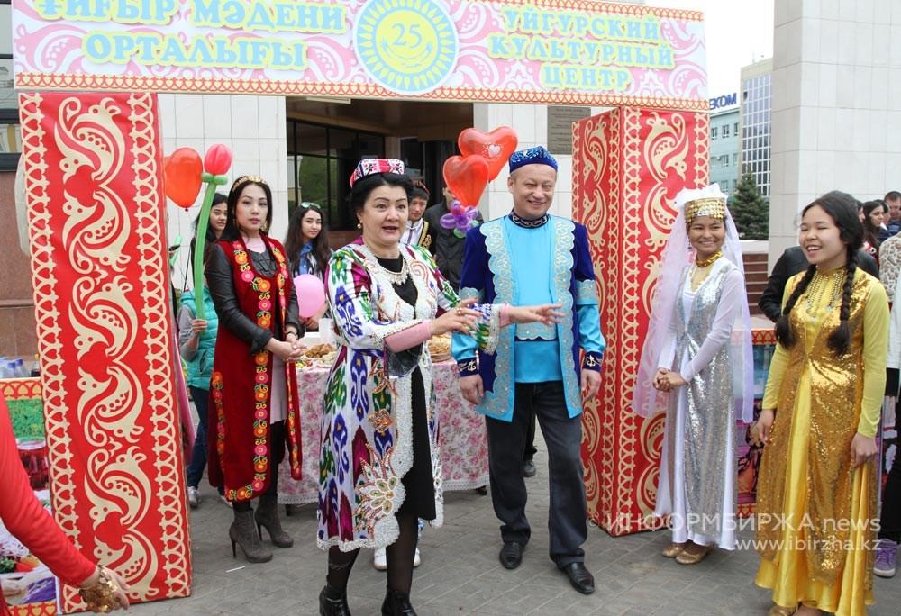 Депутат Нұрымов ұйғыр халқының болашағына алаңдады