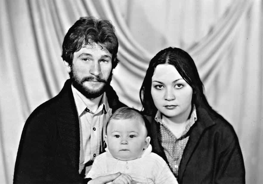 Игорь Тальков с семьей
