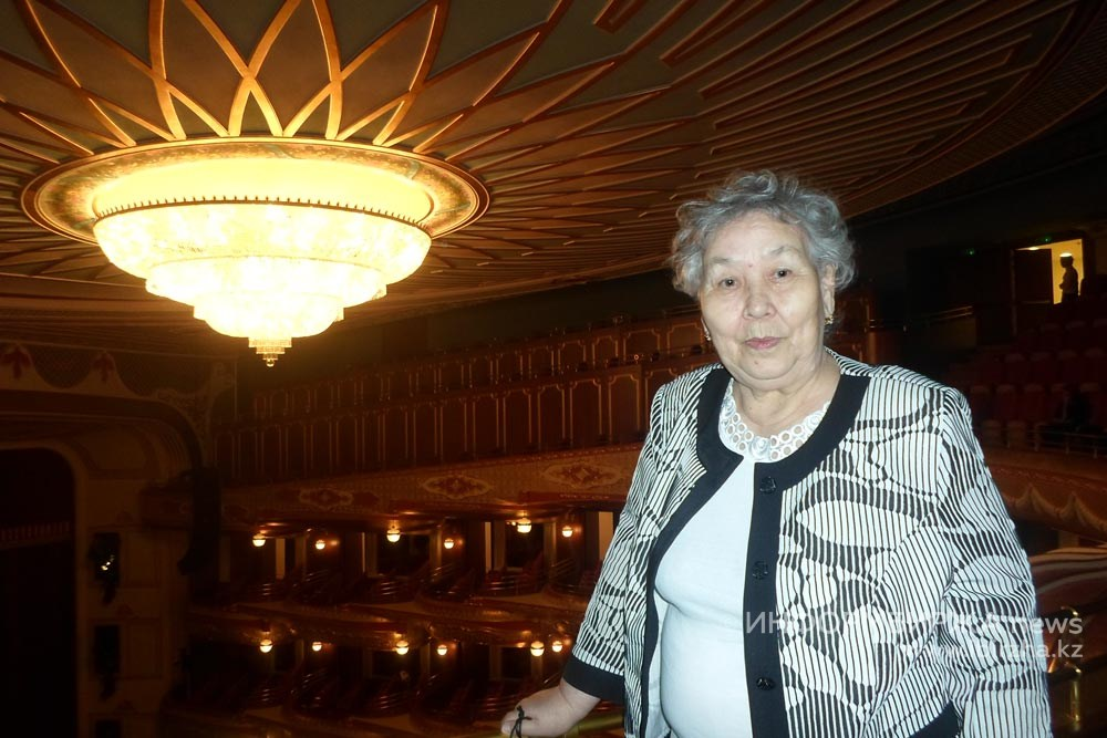 Р.Г. Мукашева в театре «Астана Опера» на премьере оперы Дж. Верди «Аида»