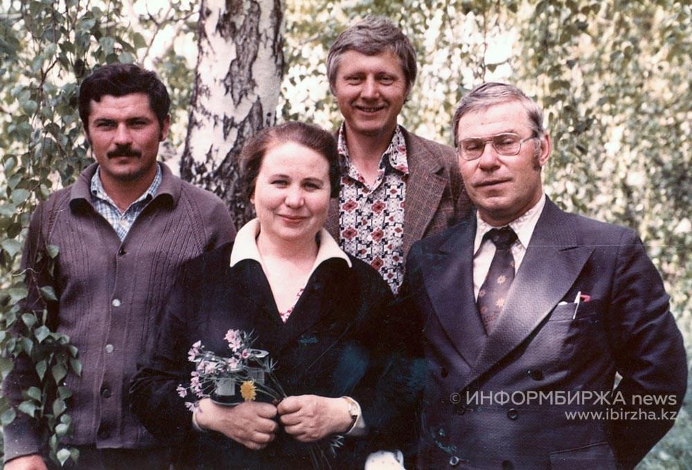 А.Г. Артемов (справа) с супругой Клавдией Павловной