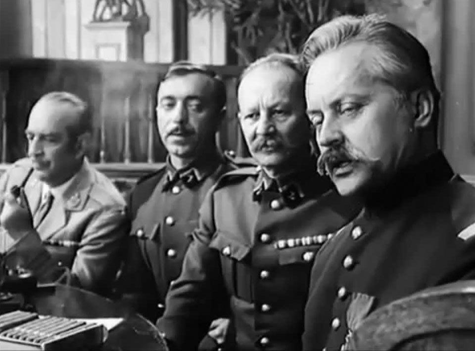 Кадр из фильма «Адъютант его превосходительства»