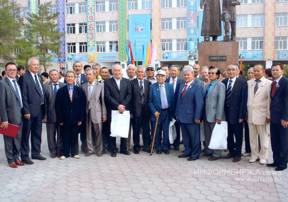 Западно-Казахстанскому аграрному университету в 2013 году исполнилось 50 лет