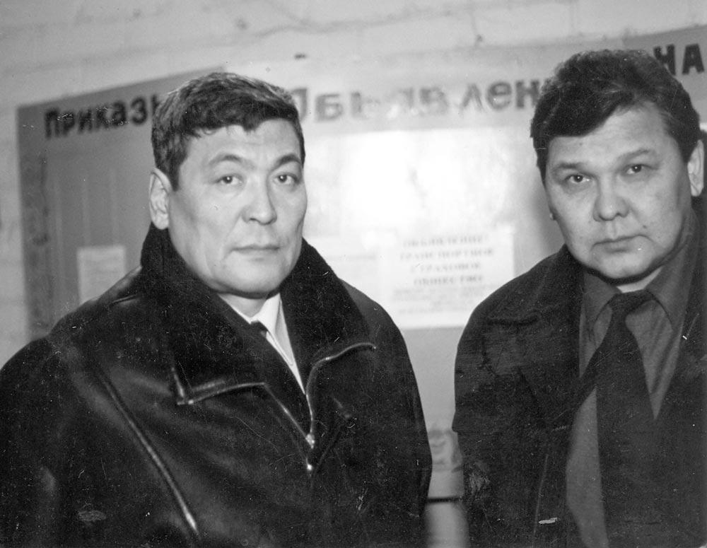 Токтар Аубакиров (слева)