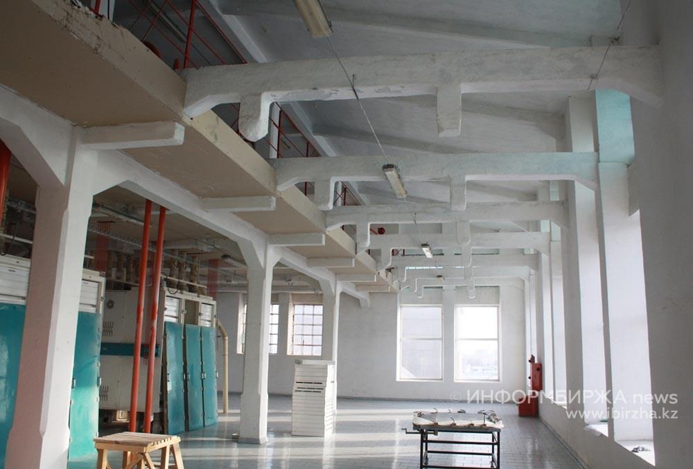Машинные залы паровой мельницы «Карева, Старова и К°». Фото 2012 года
